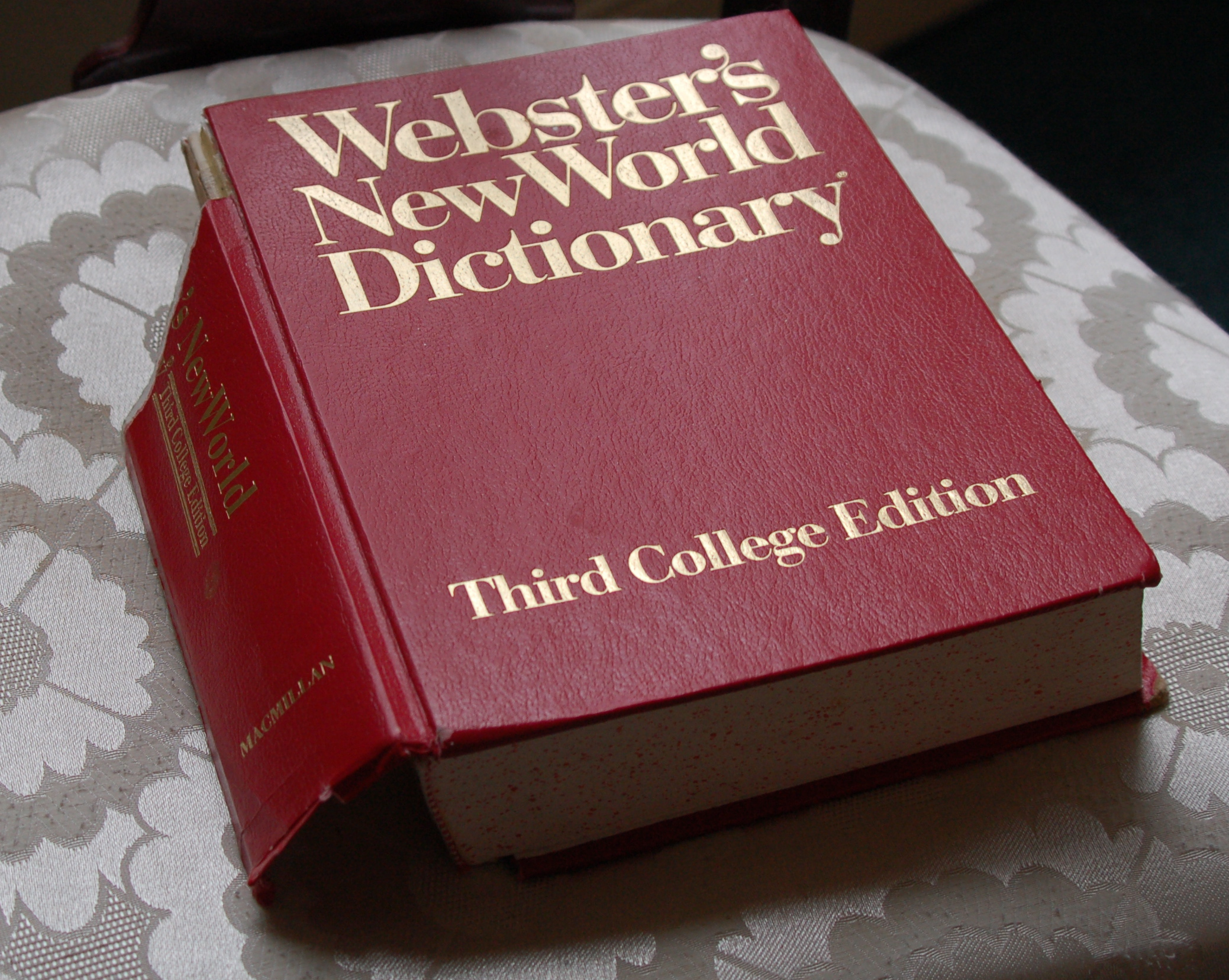 Biggest dictionary file