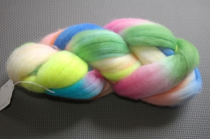 4 ounces Polwarth combed top