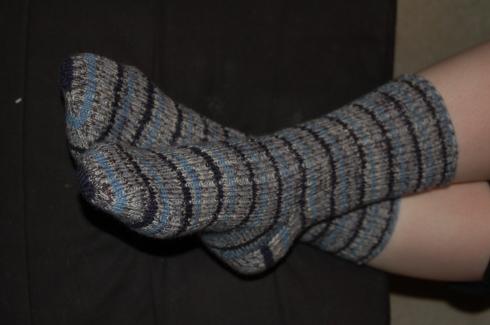 Blue stripes ribbed socks