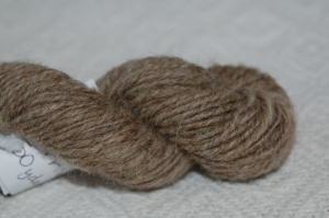 Closeup of the natural 2-ply corriedale.